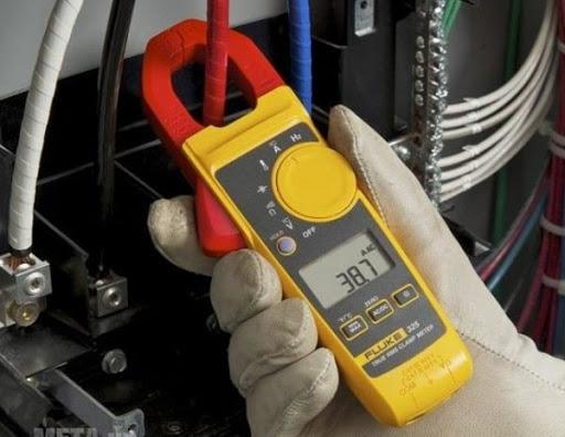 ampe kìm đo dòng điện